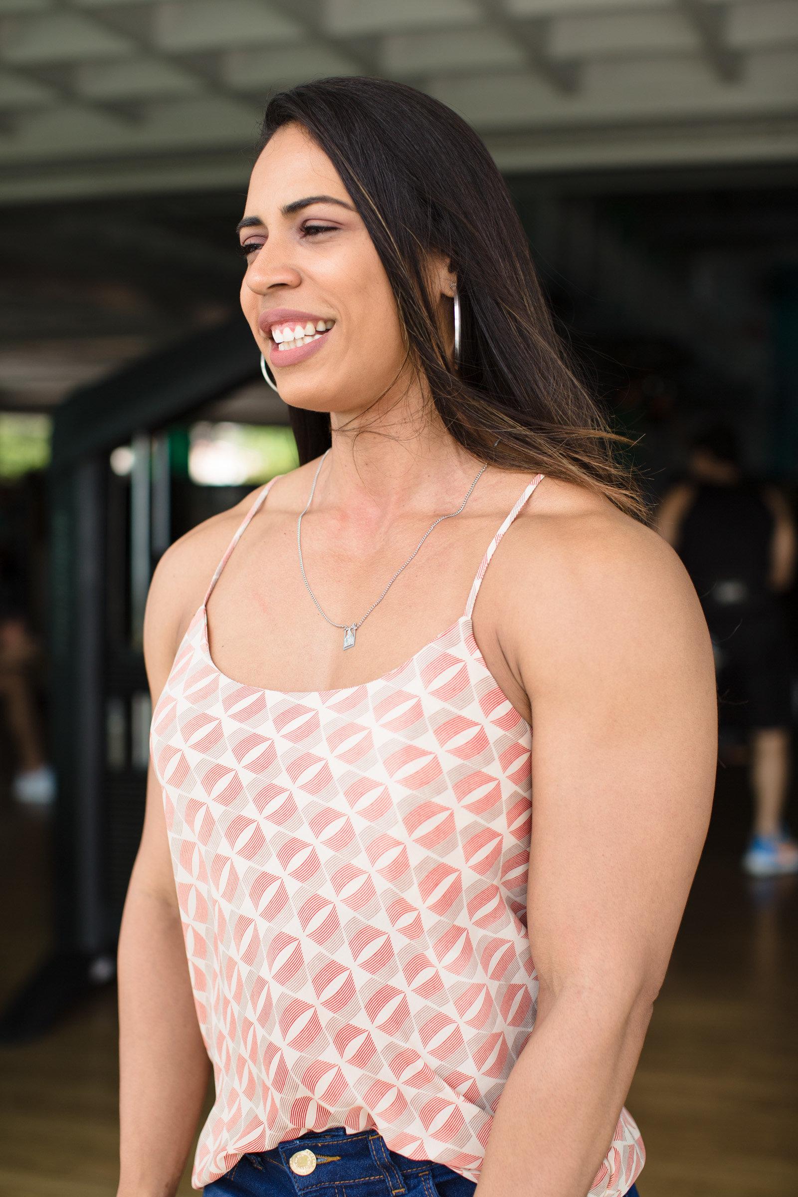 Daniely Castilho, a fisiculturista que luta para sobreviver do esporte no