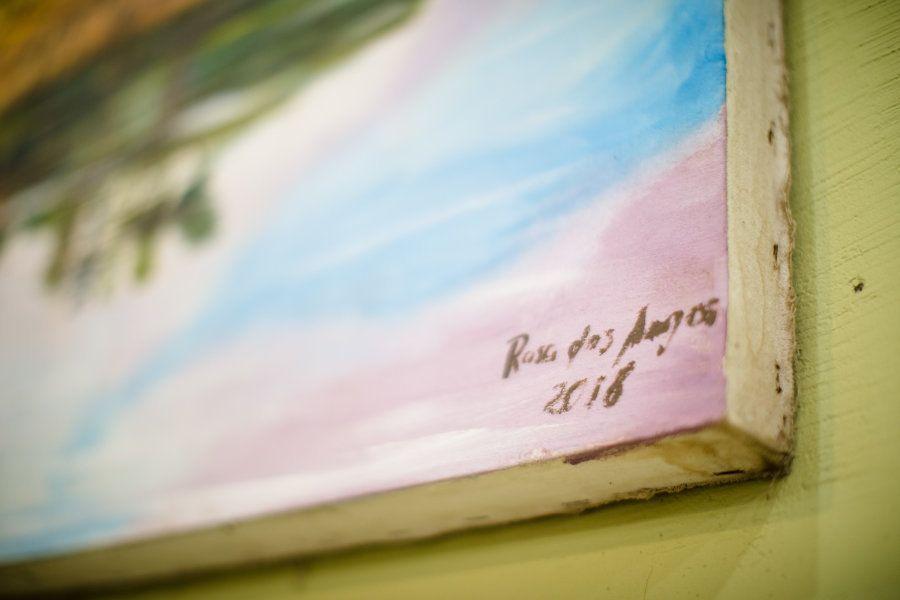 O sonho de Rosa é que outros artistas possam não só assinar suas peças como ela, mas que ocupem outros