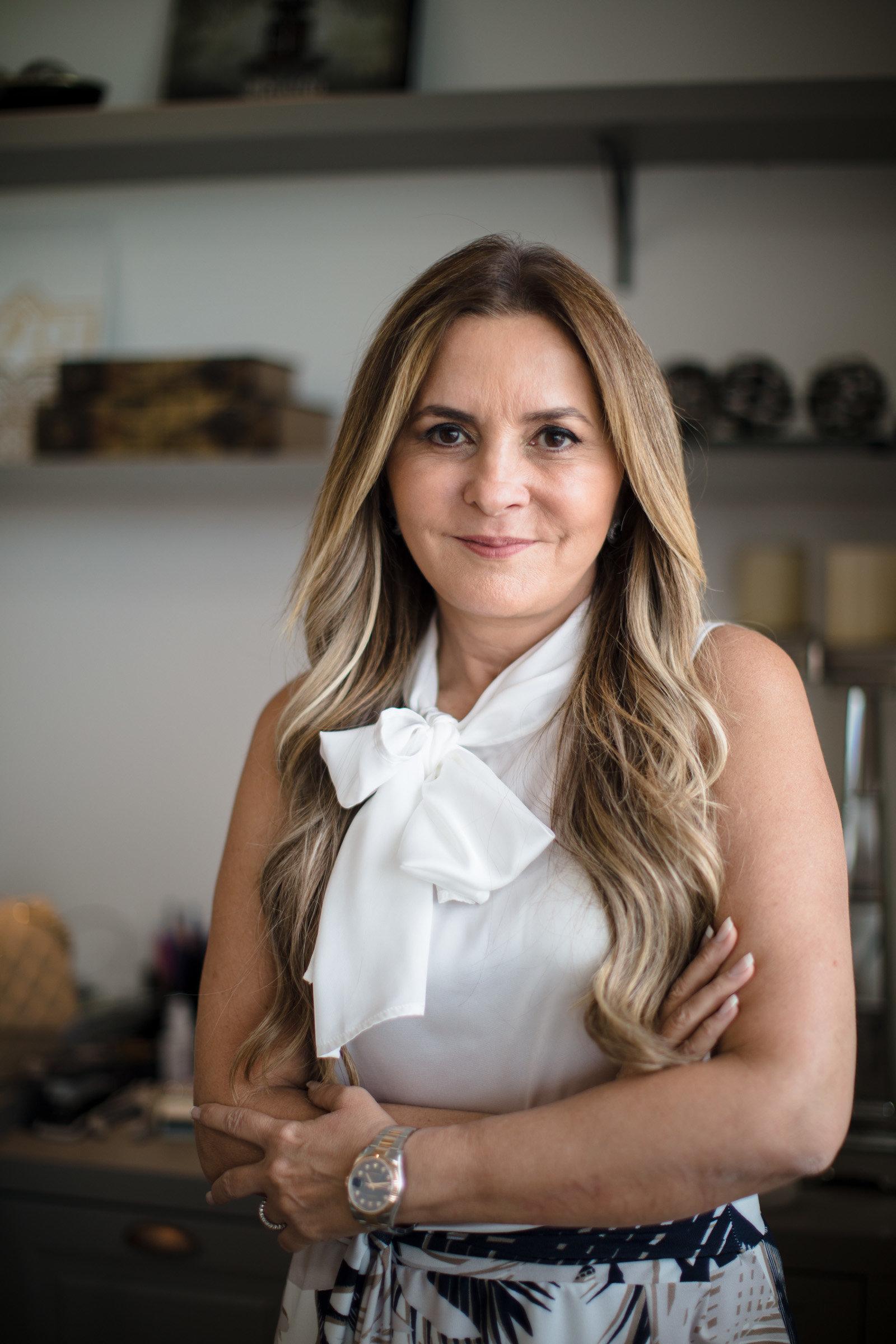 Lena Souza Lima, a anfitriã que batalha para transformar festas em