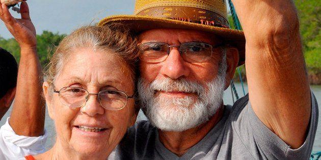 O que eu aprendi com um casal de idosos que viajará o mundo numa moto de baixa