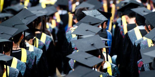O sofrimento psíquico pode estar associado a uma crise do modelo de vida que muitos estudantes levam...