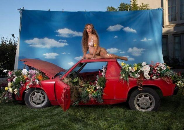Beyoncé gravidíssima. O alvoroço da internet. E a foto mais curtida do