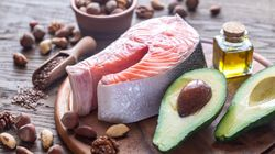 Pobre em carboidratos, rica em gorduras: Em que consiste a dieta dos