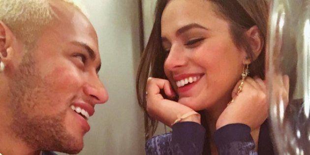No aniversário de Neymar, Bruna Marquezine declara ao mundo o amor dos