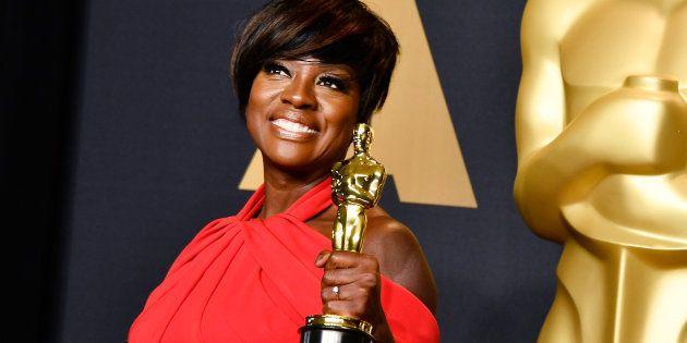 Viola Davis venceu na categoria 'Melhor Atriz Coadjuvante' por 'Um Lugar Entre