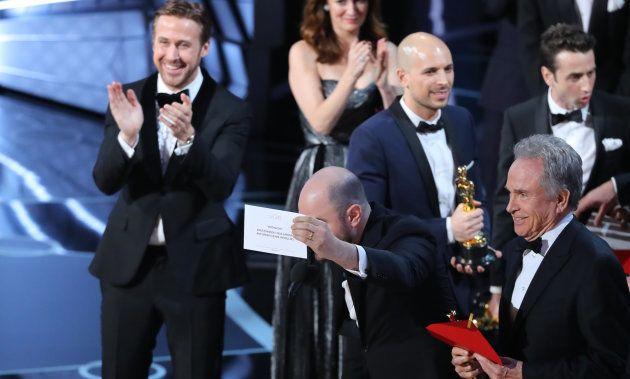 Aqui está a explicação da Academia para a confusão na entrega do Oscar de 'Melhor