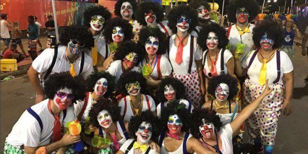 Ivete Sangalo se fantasia e vai curtir o carnaval na