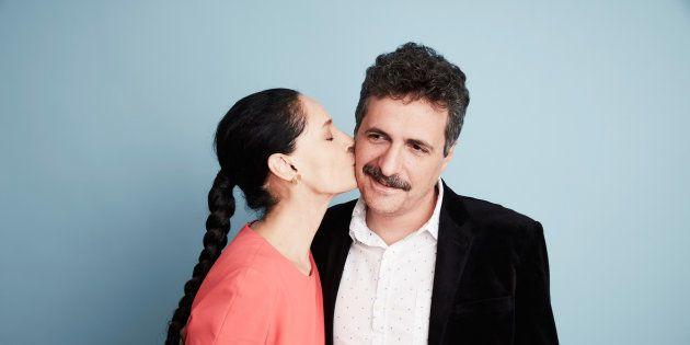 Kleber Mendonça Filho ao lado de Sonia Braga, protagonista do filme