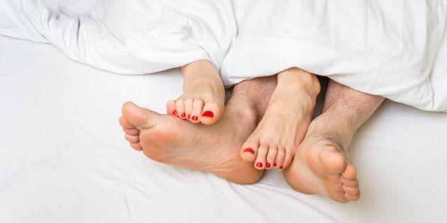 """""""O sexo começa muito antes de ir para a cama. O casal precisa estar em sintonia diária para que o sexo..."""