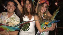 A explicação de Sofia Vergara sobre a festa tropical com araras vivas e amarradas pelas
