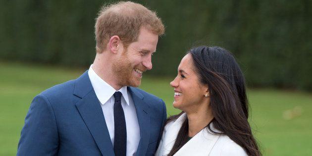 Megan Markle não chega à realeza britânica de mãos