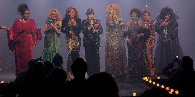 Da esquerda para a direita: Brigitte de Búzios, Camille K., Divina Valéria, Rogéria, Jane Di Castro,...