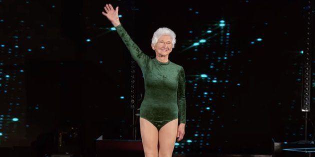 Esta ginasta de 91 anos conseguiu deixar até Simone Biles sem
