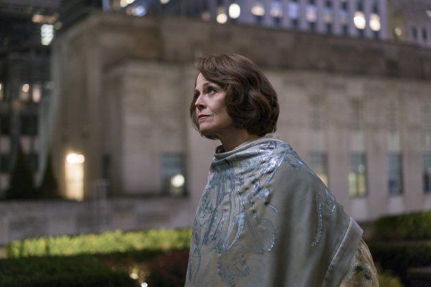 A soma de muitas ameaças: Sigourney Weaver é a enigmática Alexandra em