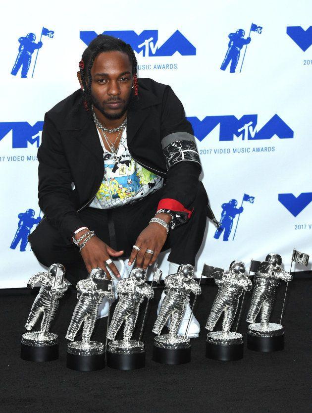 Rapper levou 6 dos troféus a que