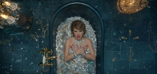 8 coisas que você talvez não tenha percebido no vídeo de 'Look What You Made Me Do' de Taylor