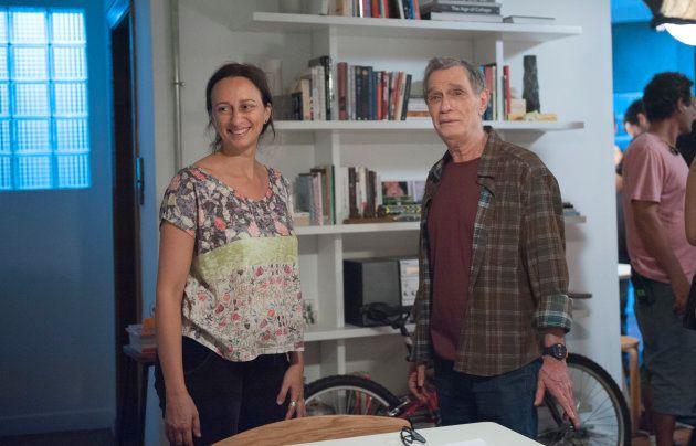 Bodanzky e Mautner no set: Músico vive o espirituoso pai de Rosa, a única pessoa que tem conseguido fazer...