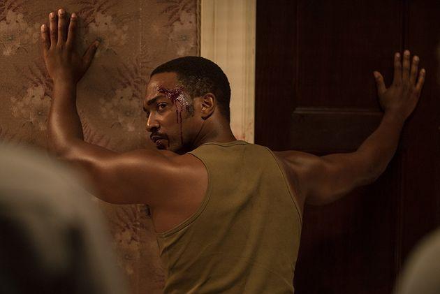 'Detroit' é um retrato doloroso e sufocante do crime racista que manchou a história dos