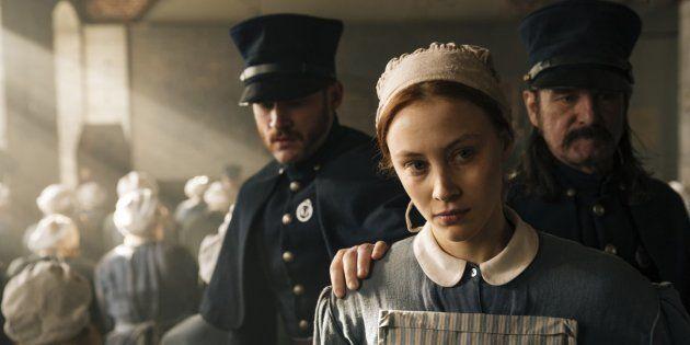 Sarah Gadon protagoniza a minissérie baseada em 'Vulgo Grace', romance de Margaret