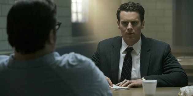 Na série 'Mindhunter', Jonathan Groff interpreta Holden Ford, personagem equivalente ao investigador...