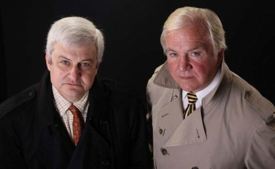 Mark Olshaker, à esquerda, e John Douglas iniciaram a Mindhunters Inc. em