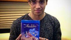 A homenagem do novo Aladdin no aniversário de 25 anos do clássico da