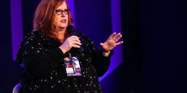 Gail Simone em painel sobre quadrinhos e diversidade na CCXP
