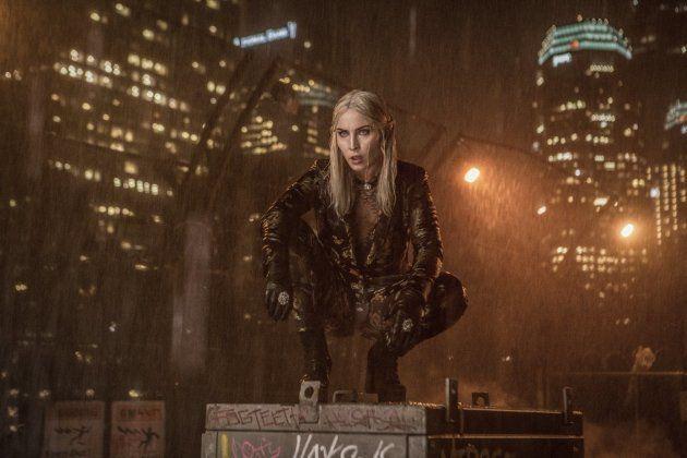 Noomi Rapace é a antagonista de Bright, a acrobática elfa