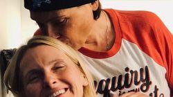 Morre Rayya Elias, esposa de Elizabeth Gilbert, autora de 'Comer, Rezar e