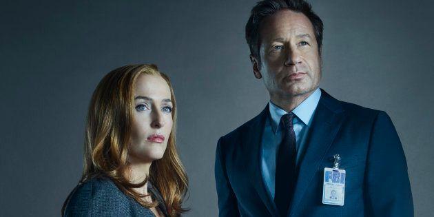 Os agentes Dana Scully (Gillian Anderson, à esquerda) e Fox Mulder (David Duchovny) retornam em novos...