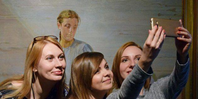 #MuseumSelfieDay: O dia de compartilhar selfies feitas em museus e galerias de