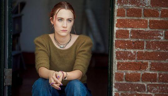 Pedimos para a diretora Greta Gerwig explicar 7 referências culturais de 'Lady