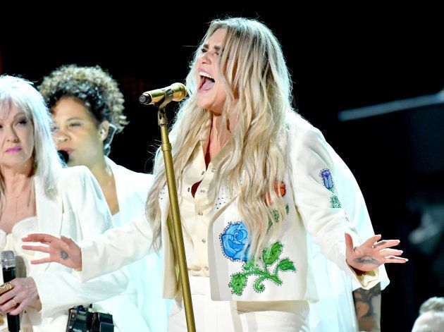 A performance angelical de Lady Gaga no Grammy