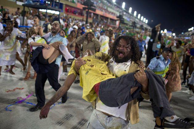 Beija-Flor é a grande campeã do Carnaval 2018 do