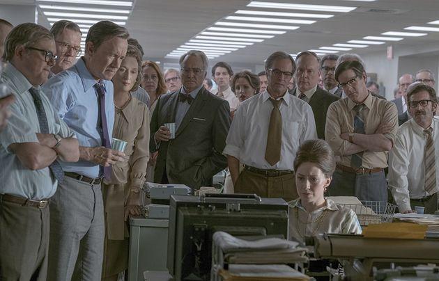 Na redação: em cena de 'The Post', jornalistas acompanham atentos à cobertura dos Papéis do Pentágono...
