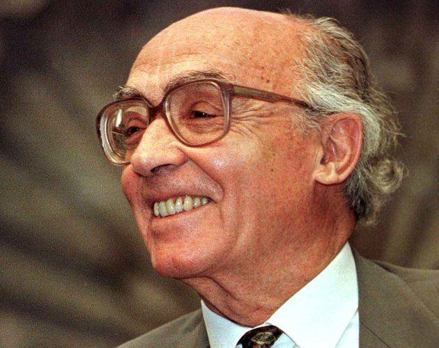 Morto em 2010, escritor também foi agraciado com o prêmio Camões - a mais importante condecoração da...