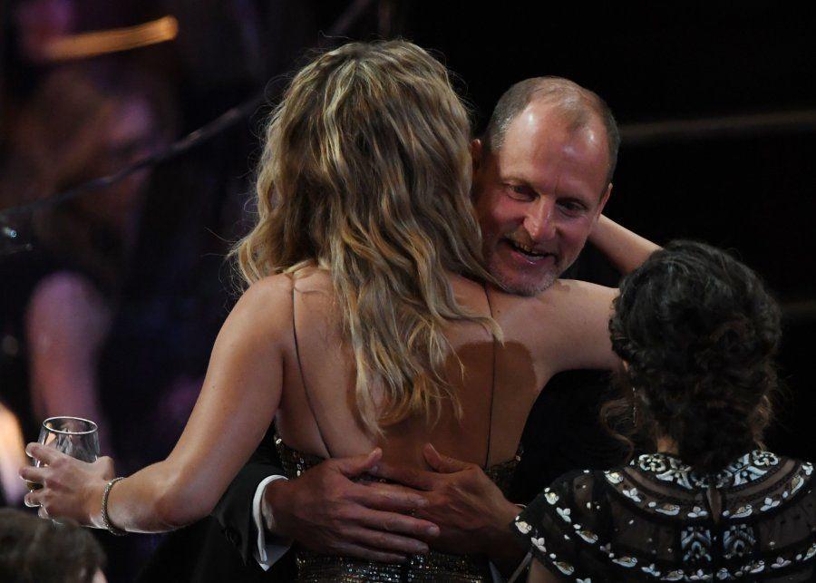Jennifer Lawrence faz a festa no Oscar 2018 (e nós