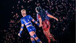 Em encontro antológico, Gretchen é ovacionada em show de Katy Perry em