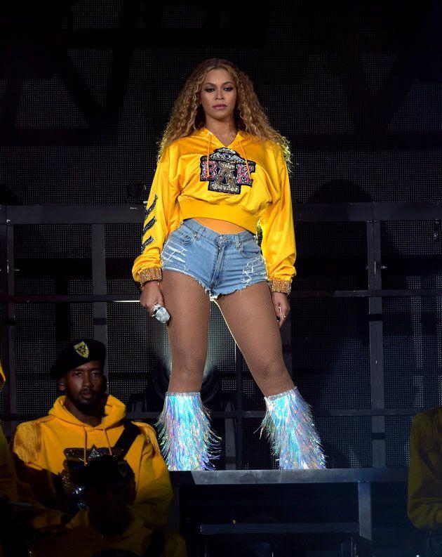 Beyoncé voltou com tudo 10 meses após o nascimento dos gêmeos Sir e