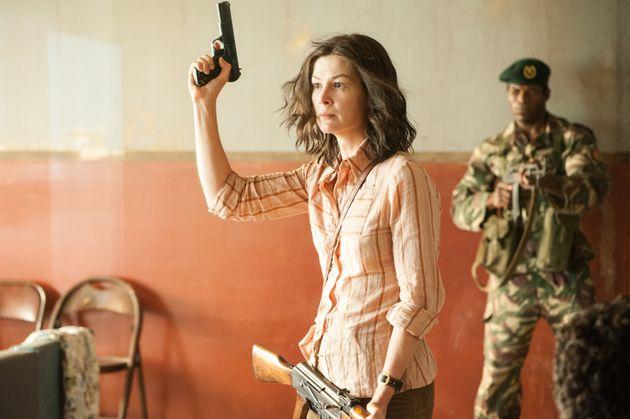 A inglesa Rosamund Pike como a terrorista alemã de '7 Dias em Entebbe': Padilha a escolheu para o papel...