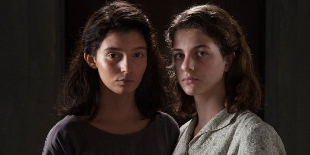 Gaia Girace (à esquerda) e Margherita Mazzucco interpretam Raffaella Cerullo, a Lila, e Elena Grego,...