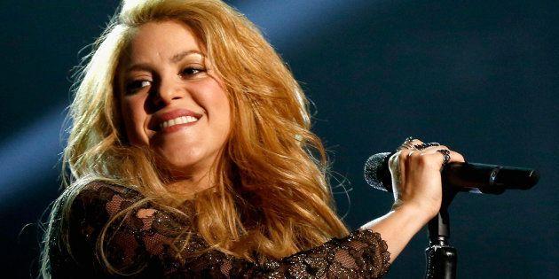 Visita de Shakira ao Brasil era para ter ocorrido no começo desseano, mas problemas nas cordas vocais...