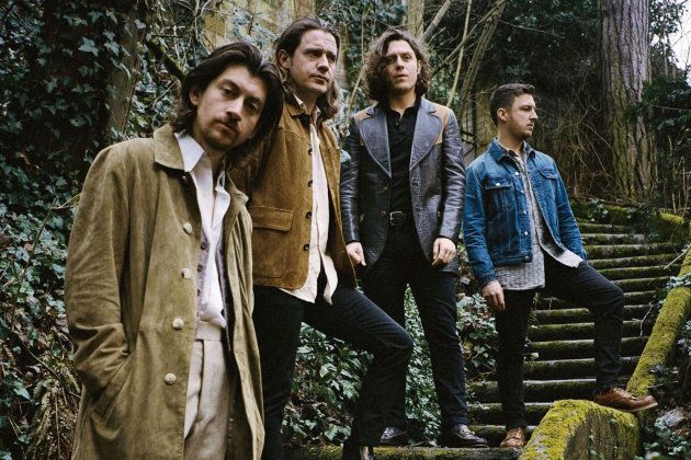 Arctic Monkeys por Zackery Michael (@zackerymichael) em