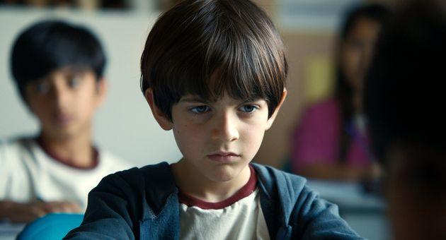Em 'As Boas Maneiras', o pequeno Joel é interpretado pelo ator estreante Miguel