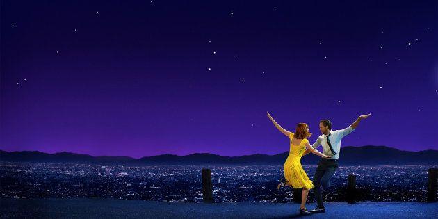 Emma Stone e Ryan Gosling formam o casal de protagonistas de longa vencedor de 6