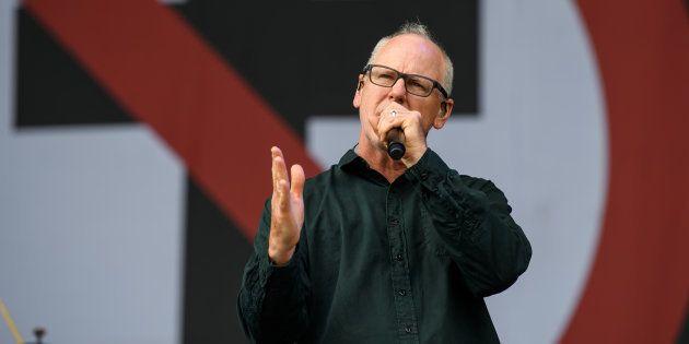 Greg Graffin, líder da banda de punk rock formada em