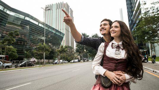 'O Tempo Não Para': As primeiras imagens de Samuel e Marocas, o inusitado casal da nova novela da