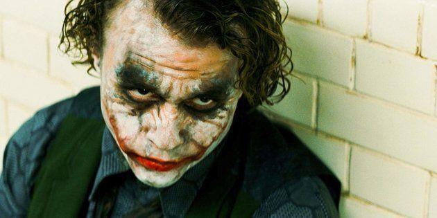 Heath Ledger no papel do vilão Coringa: interpretação elogiada rendeu Oscar