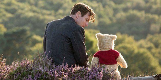 Em noa produção da Disney, Ewan McGregor dá vida ao célebre personagem Christopher