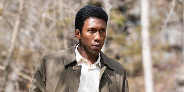 Ali dá vida ao detetive Wayne Harris no terceiro ano da